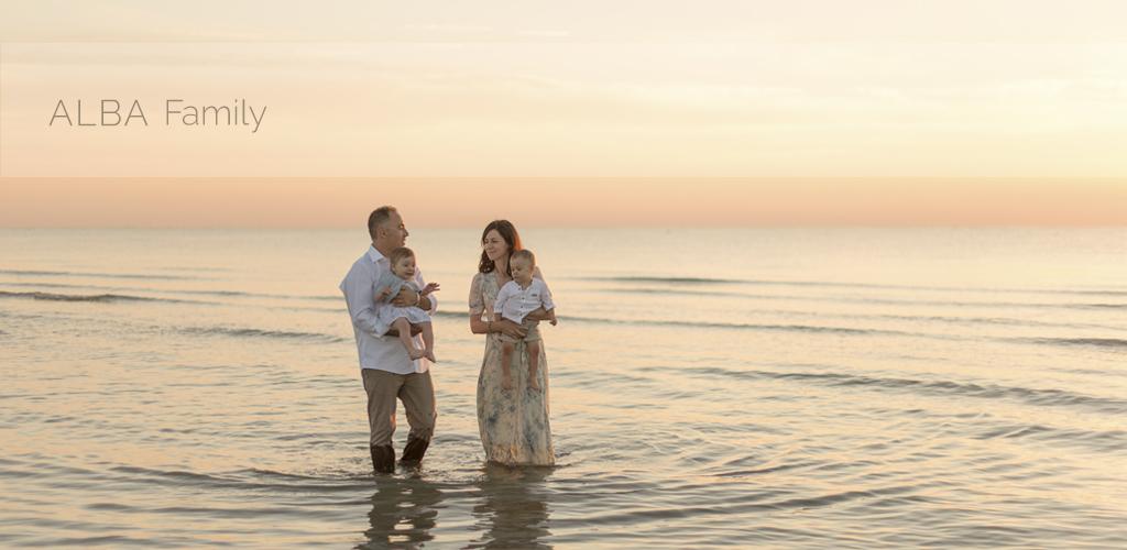 Anna & Nicolò | servizio fotografico Family all'alba nella spiaggia di Cervia