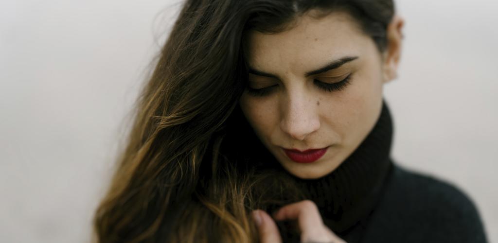 Camilla | Servizio Fotografico Ritratto in Studio e in Spiaggia